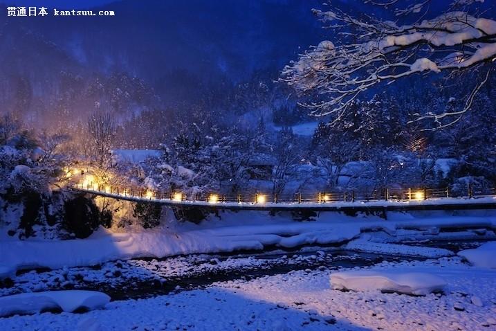 风光摄影:黄昏时分的日本小山村